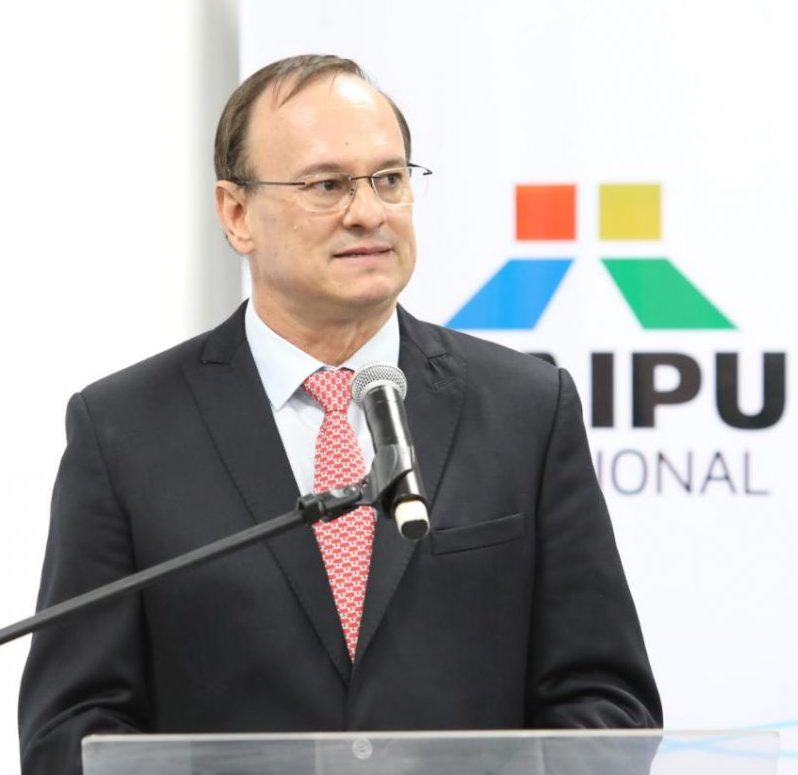 Mr Ernst Ferdiand Berger Schmidt,Paraguayan General Director, ITAIPU Binacional